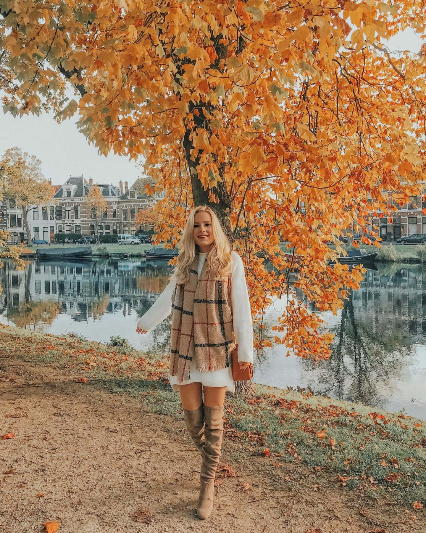 The perfect oversized sweater dress for fall